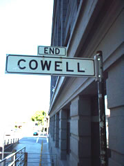 End Cowell Street Sign